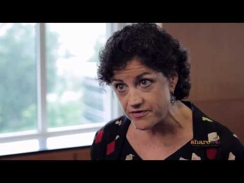"screenshot from the video ""Hereditary Breast and Ovarian Cancers: Am I at Risk?"""