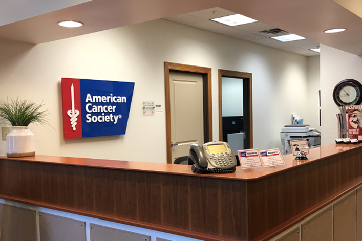 Iowa City, IA Hope Lodge Reception Area