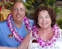 photo of Howard and Merle Tolchin in Hawaii