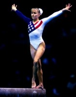 photo of Shannon Miller on a balance beam